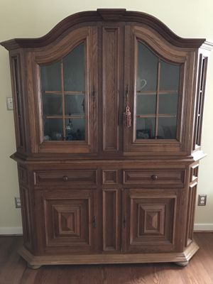 *** GORGEOUS SOLID WOOD ANTIQUE GERMAN CABINET *** for Sale in Midlothian, VA