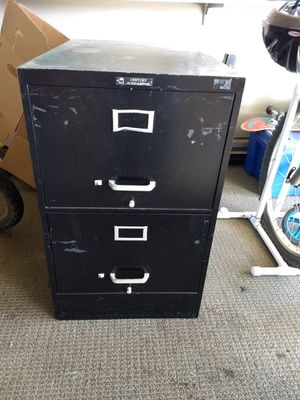 Free filing cabinet for Sale in Hemet, CA