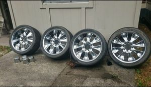 Photo 24 INCH RIMS..8 LUG FORD VEHICLES..NEEDS 2 TIRES..HAS PITTING RUST SPOTS