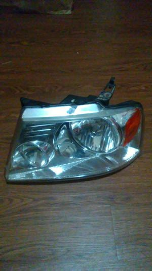 Ford headlight only driver side for Sale in Austin, TX