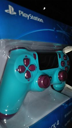 Berry blue PS4 controller Dualshock 4 Thumbnail