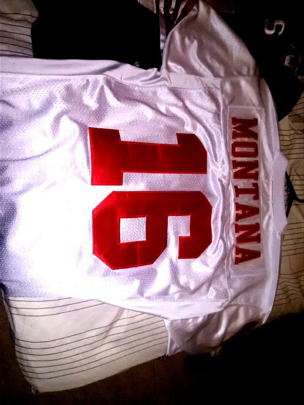 size 40 b9902 9e6ff Throwback jersey Mitchell & Ness Joe Montana for Sale in Tucson, AZ -  OfferUp