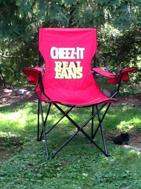 cheez it lawn chair for sale in auburn wa offerup