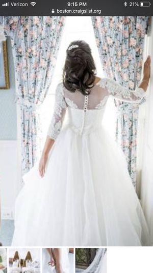 Wedding dress, Oleg Cassini for Sale in Boston, MA
