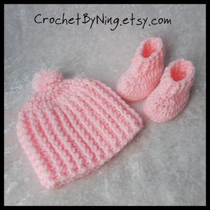 Pink Baby Hat and booties. Newly crochet. Handmade baby gift. for Sale in Charles Town, WV