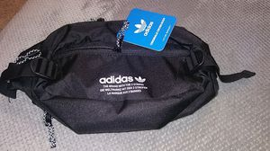 Adidas original waist bag! for Sale in Vancouver, WA