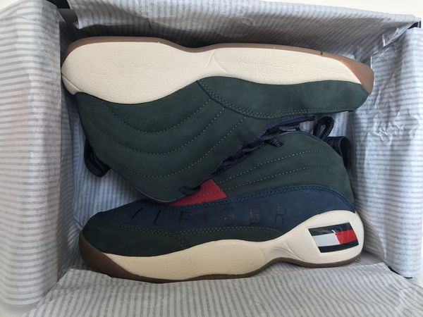 c6db244a0a6e KITH X TOMMY HILFIGER LUX BASKETBALL SNEAKER SIZE 7 for Sale in ...