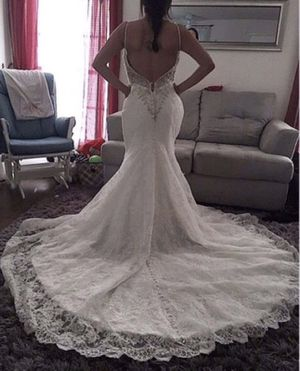 Need gone! Allure bridal gown for Sale in Austin, TX
