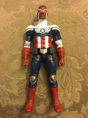 Photo Marvel Legends Captain America Sam Wilson tru toys r us exclusive