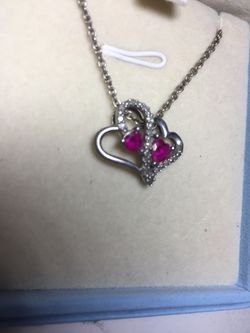Heart necklace great for valentines Thumbnail