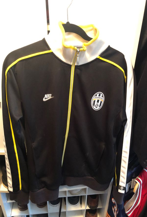 save off 71f68 4a386 Nike Juventus Warm Up Jacket for Sale in Winfield, IL - OfferUp