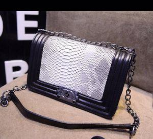 Handbag for Sale in Fairfax, VA
