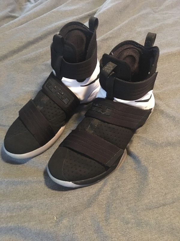 hot sale online cfaab e299b Nike LeBron Zoom Soldier 10 B&W shoes for Sale in Charlotte, NC - OfferUp