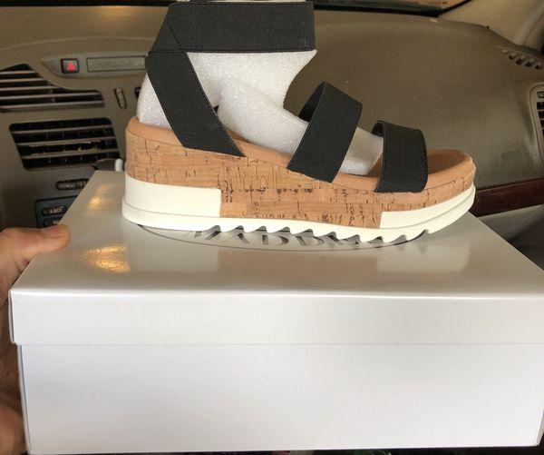 ed473254630b Steve Madden Bandi Sandal for Sale in Memphis
