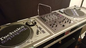 Pioneer DJM600 Mixer w/ SL-1200M3D turntables for Sale in Seattle, WA