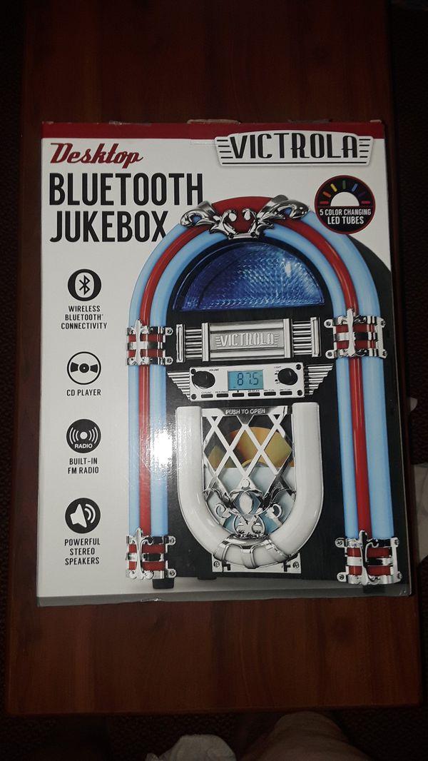 Victrola Desktop Bluetooth Jukebox for Sale in Irving, TX - OfferUp