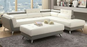 Sectional with ottoman for Sale in Las Vegas, NV