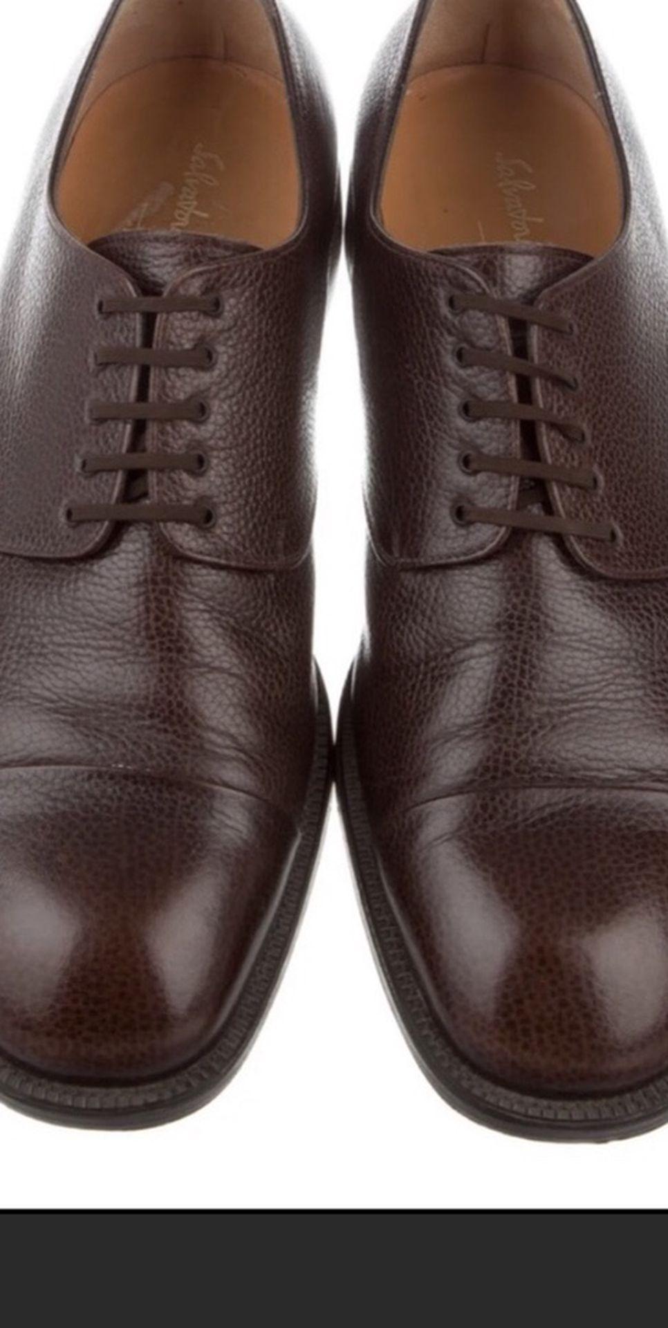 SALVATORE FERRAGAMO Leather Round Toe Oxfords