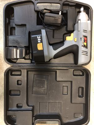 Wireless 24 v 1/2 impact gun with box and charger for Sale in Orlando, FL