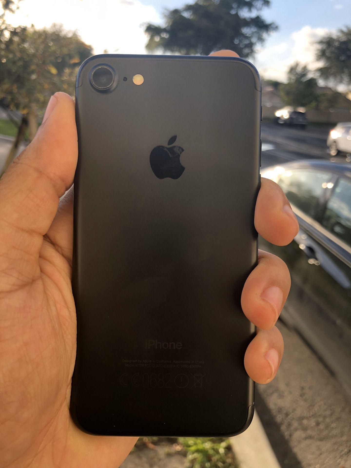 UNLOCKED IPHONE 7 32Gb / LIMITED STOCK ❗️