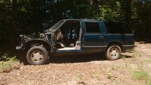 1997 Chevrolet Suburban for Sale in Victoria, VA