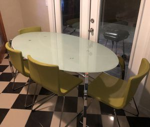 Dining Room Table for Sale in Miami Gardens, FL