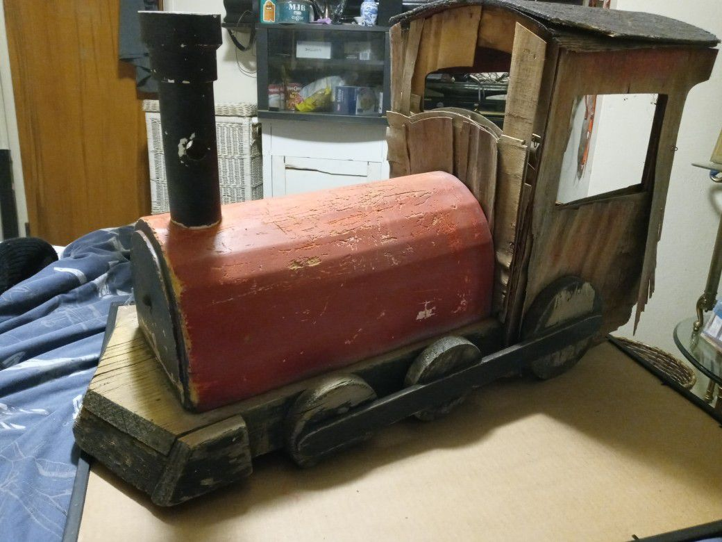 All Wood Home Decor Or Collectible