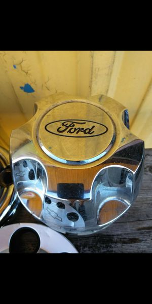 3 Ford oem factory chrome center caps part number #yl24-1a096-cb / yl24-1a096-db, hollander# 3259 or 3261 and more. for Sale in Lakeland, FL