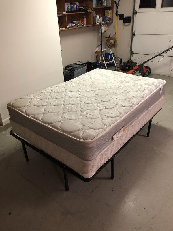 Full Sized Serta Perfect Sleeper Mattress Box Spring Good