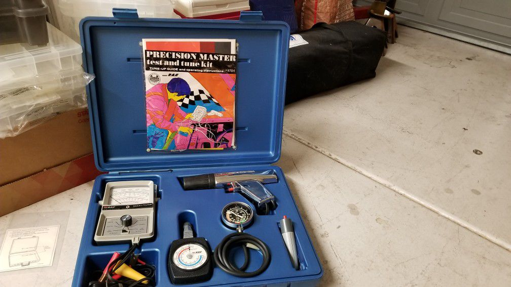 Vintage RAE precision master test and tune kit