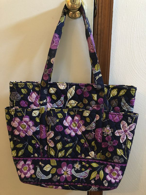 Vera Bradley Tote Like New Pattern Floral Nightingale for Sale in ... 7e9be47e37d06