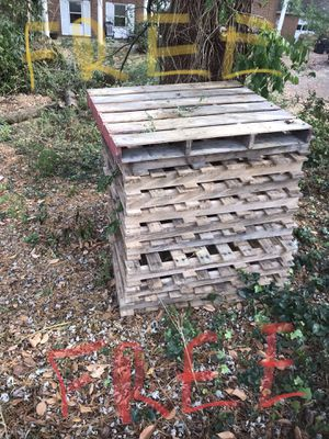 Pallets for Sale in Springfield, VA