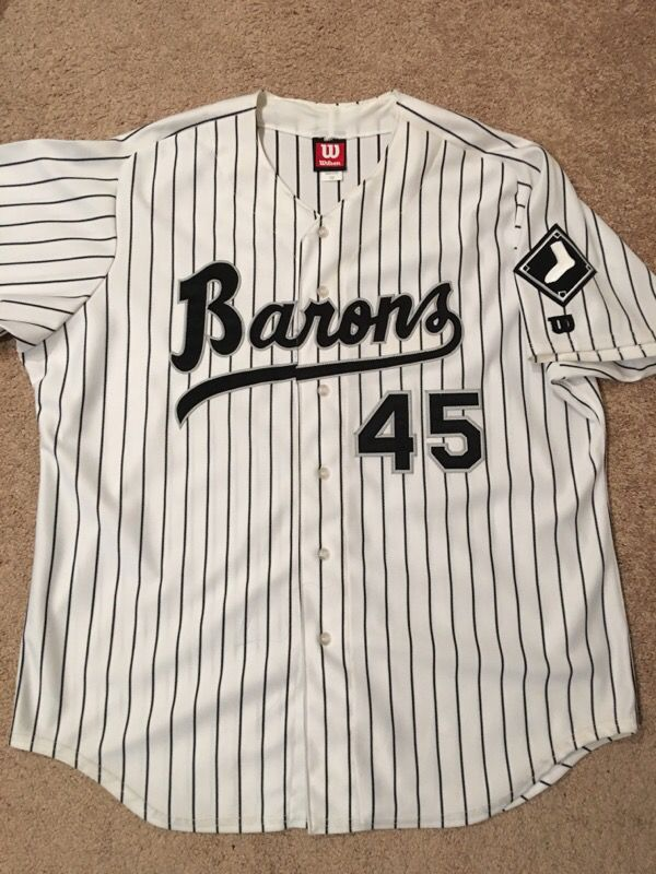 best service fcb0a cc56c Michael Jordan Birmingham Barons Authentic White Jersey Sz 52 for Sale in  Hayward, CA - OfferUp