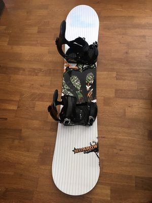 Morrow 138 Snowboard with Bindings and Boots for Sale in North Potomac, MD