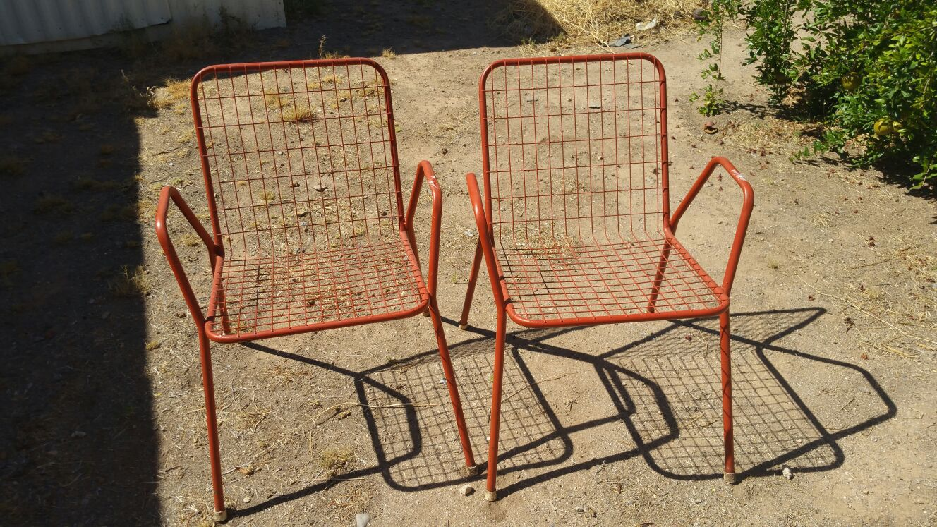 VINTAGE red metal 1950s bitro chairs