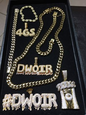 14KT Gold Filled Cuban Chain and a matching Bracelet!! Best Top Quality!! All sizes available!! We Do Custom work!! for Sale in Cleveland, OH