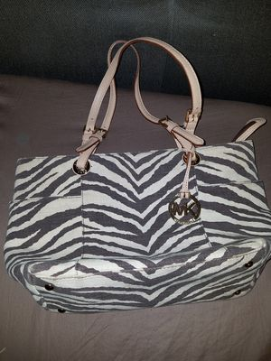Michael Kors Purse 100% Authentic for Sale in Rosemead, CA
