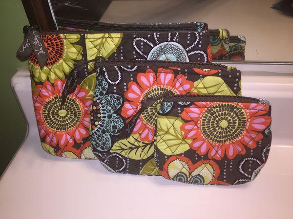 3 pc. Vera Bradley Cosmetic Bags New for Sale in Cordova 4d36bd6fd9ec6