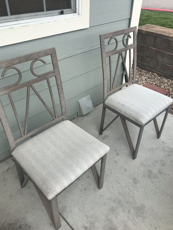 6 outdoor chairs/ patio furniture for Sale in Denver, CO ...