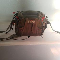 Umpqua Fly Fishing Pack Thumbnail