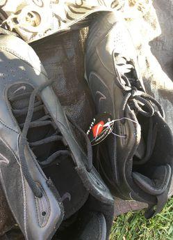 Baseball shoes Thumbnail