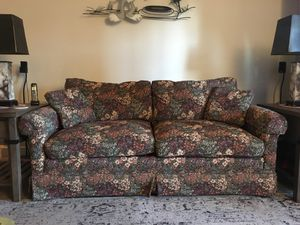 couch very well maintained need to move asa for Sale in Centreville, VA