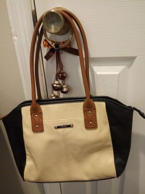 women's Nine West Purse.. for Sale in Madison Heights, VA