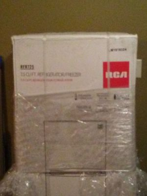 It's a RCA refrigerator 7.2 cu for Sale in Aberdeen, MS