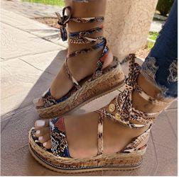 Women shoes size 7 Thumbnail