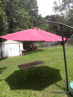 Offset-umbrella large outdoor adjustable parasol W/cantileve base stand best sun Uv protection for gardon,patio,lawn,beach,backyard,pool,10ft for Sale in Alexandria, VA