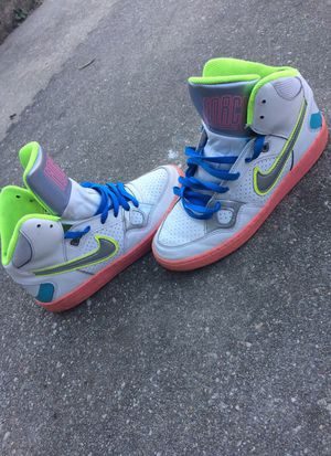 Nike shoe for Sale in Odenton, MD