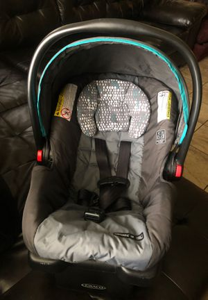 Photo Car seat with base