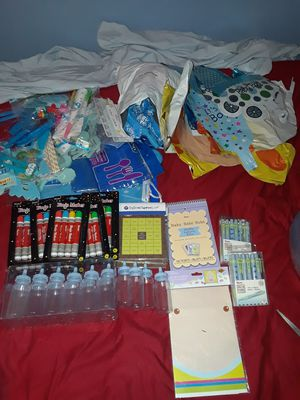 Baby boy shower stuff for Sale in Lorain, OH