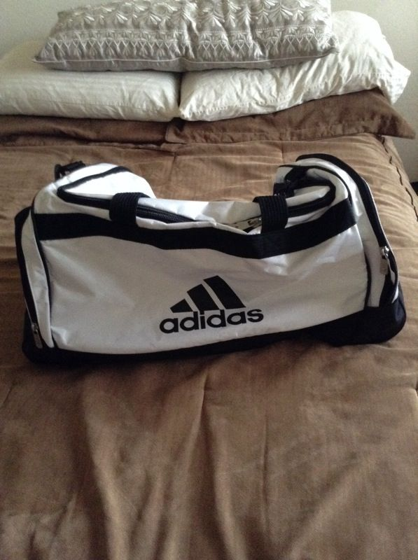 3964a388d303 Large Adidas Duffel Bag RN 90288 for Sale in Cave Creek